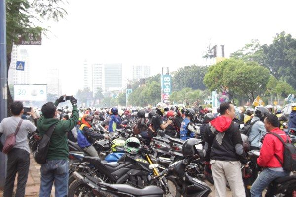 Sunday Morning Ride Suzuki Super Star di Jakarta