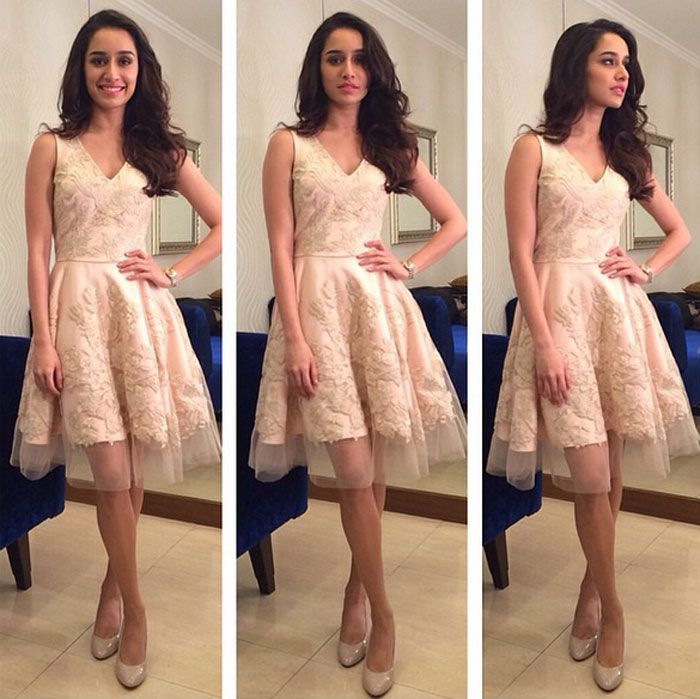 Shraddha Kapoor was dressed in a pretty peach dress and nude pumps for KBC. #Bollywood #Fashion #Style #Beauty