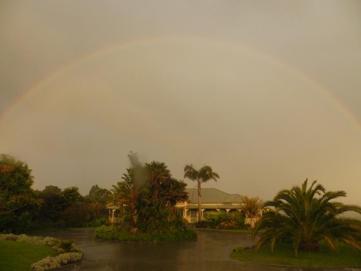 Matakana Country Lodge framed by a rainbow.    #matakana #lodge #auckland