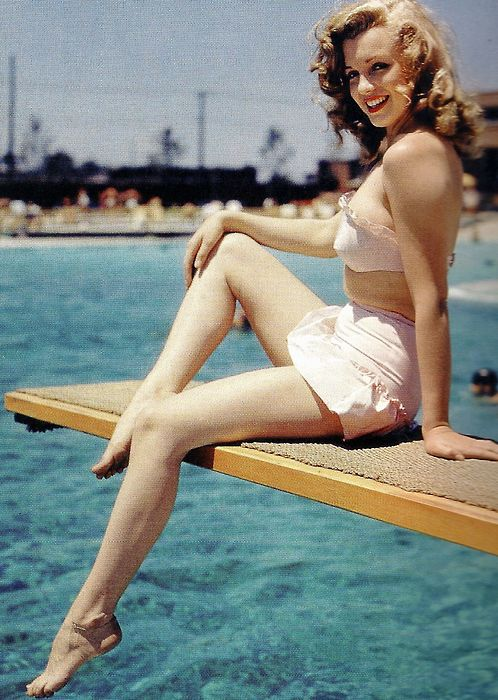 Marilyn Monroe in 1947, when she was still known as Norma ...