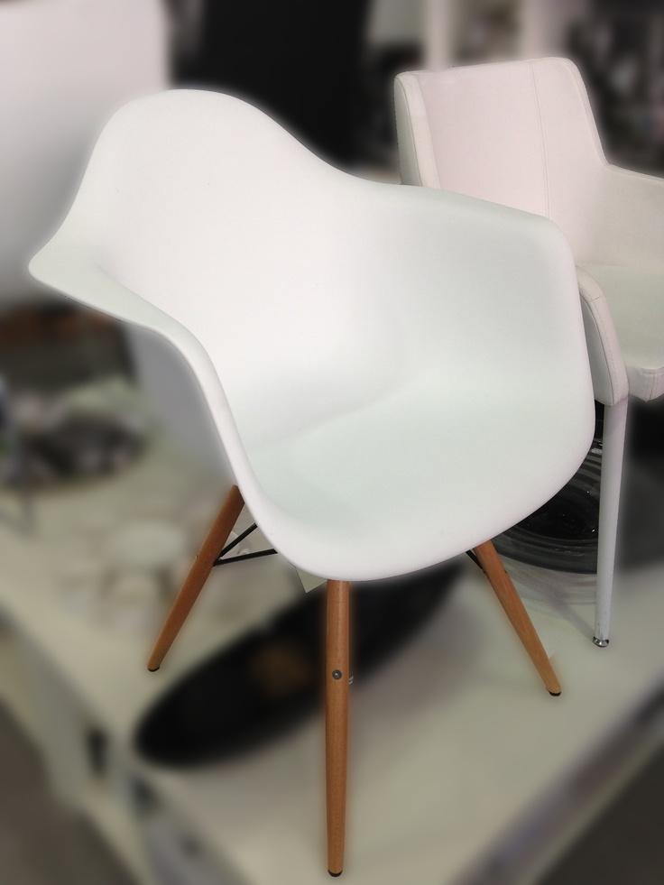 Chaise mobilier design a découvrir par ici http www