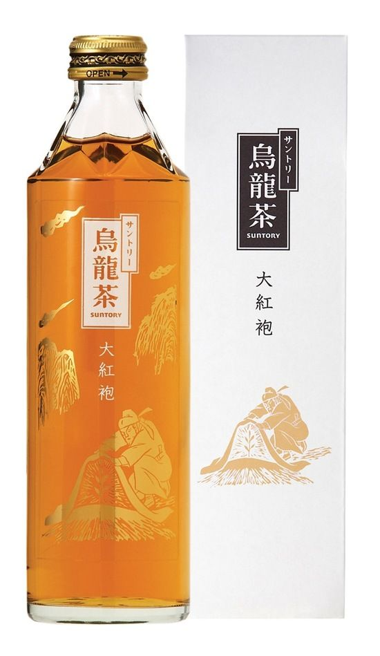 Suntory Oolong Tea: designed by Daikoho packaging and winner of the Bronze Pentaward 2008