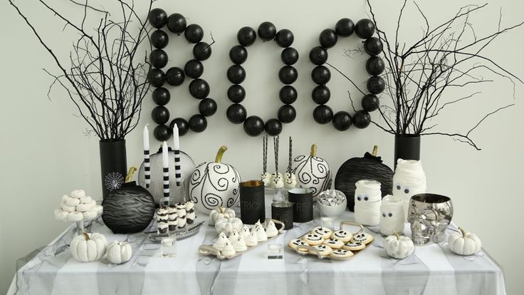 DIY Halloween Tablescape: Collab with The Domestic Geek