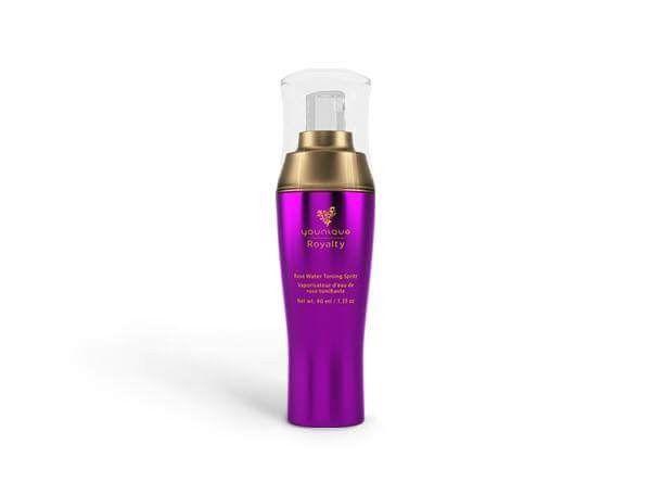 ⚘Rosenwasser⚘  💜 Bringt den pH-Wert der Haut wieder in Balance nach der Reinigung. 💜 Enthält natürliche antibakterielle Bestandteile die, die Entstehung von Akne reduzieren. 💜 Reduziert Rötungen. 💜 Beruhigt die Haut und schließt die Poren nach der Reinigung. 💜 Reduziert Juckreiz - wird gerne bei Mückenstichen aufgesprüht. 💜 Es lässt die im Anschluss ungetragenen Produkte besser von der Haut aufnehmen. 💜 Kann als leichtes Setting-Spray nach dem Make-up aufgesprüht werden.