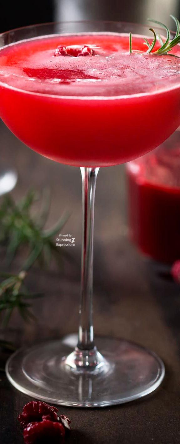 Rosemary Raspberry Vodka Fizz Recipe Raspberry Vodka Raspberry Lemonade Drink Lemonade Drinks