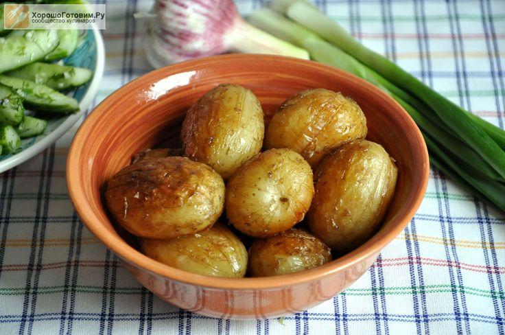 Молодой картофель, жаренный целиком  Автор: Людмилa Семенюк