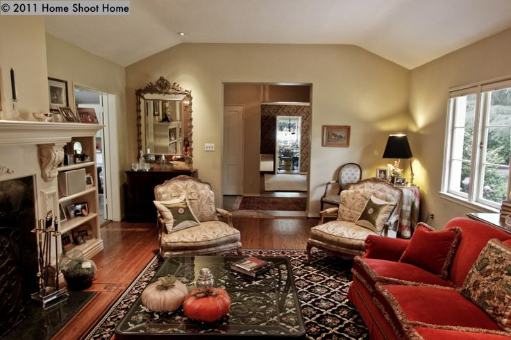 Ranch style living rooms special message vaulted ceiling for Ranch style living room