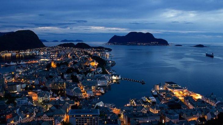 La città più a nord del mondo: il duello tra Hammerfest e Alert