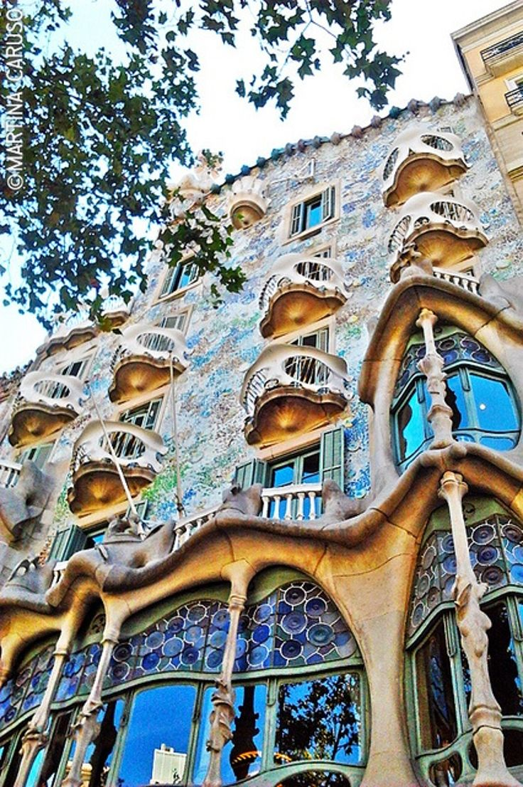 TOP 10 Must-See Things In The Magnificent Barcelona #1 Will Leave You Speachless