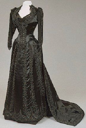 Worth gown, 1890s.