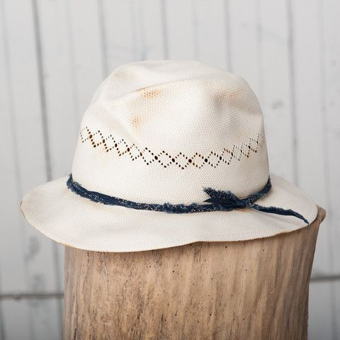 The Aloha Hat | Natural Straw w/ Indigo Dots – 18 Waits