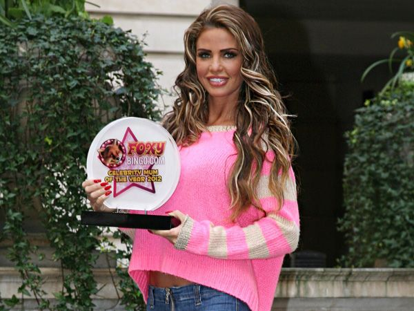 Katie Price, Foxy Bingo's Celebrity Mum of the Year 2012!