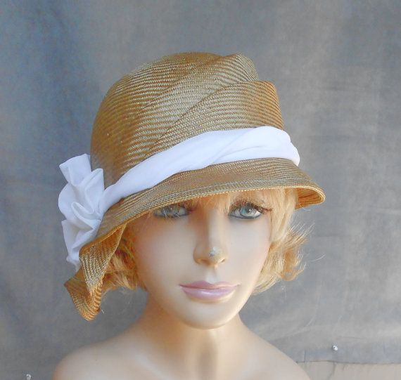 These sculpted hats Luminata makes are so pretty.Beautiful Straws, Millinery Hats, 145 00, Straws Colors, Straws Hats, Hats Luminata, Hats Attack, Sophia Beautiful, Hats Women