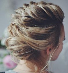 #13: Soft Braided Updo for Prom Contrary to what some people think, there are many different short hairstyles for prom, and they include not only buns and simpl