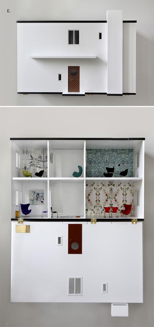 Réplica exacta a escala 1:16 de la vivienda que Arne Jacobsen tenía en Charlottendlund (Dinamarca) editada por la firma danesa Minimii junto con el mobiliario para decorarla (los sillones Huevo y Cisne, la silla Nº7 o la mesa Lounge)