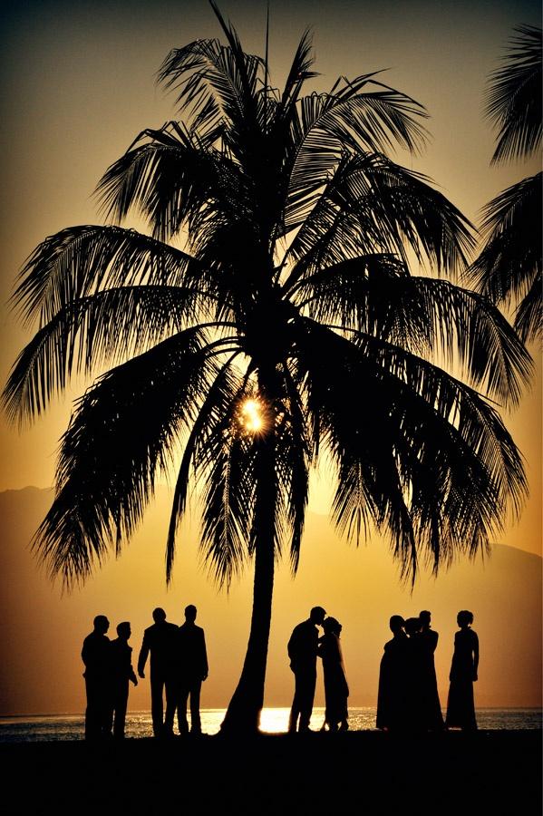 Sean Guest... Port Douglas Photography #portdouglasweddings #notavillaportdouglas www.notavillaportdouglas.com
