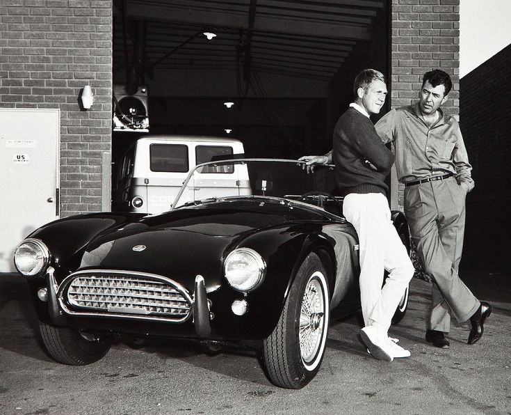 Steeve McQueen with Carroll Shelby.