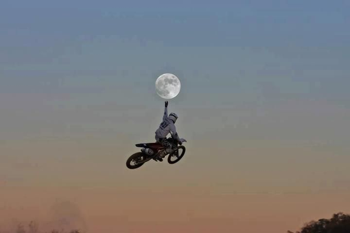 I can touch the moon