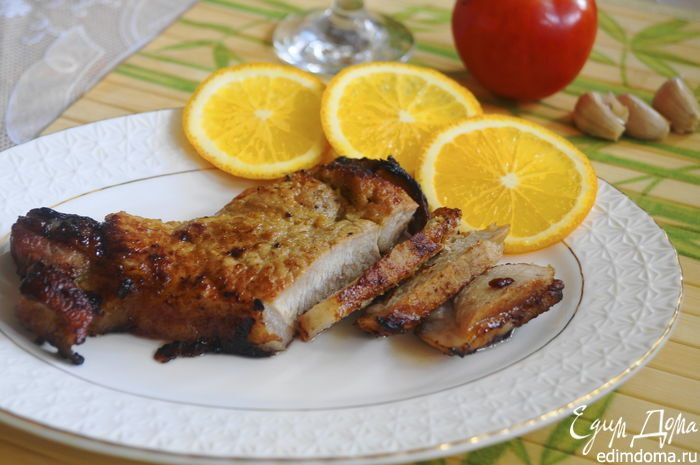 Свинина в апельсиновой глазури  Вам понравится нежное, сочное мясо в ароматном маринаде-глазури. Побалуйте себя и своих близких вкусным ужином! #готовимдома #едимдома #кулинария #домашняяеда #ужин #свинина #глазурь #маринад #ароматно #вкусно