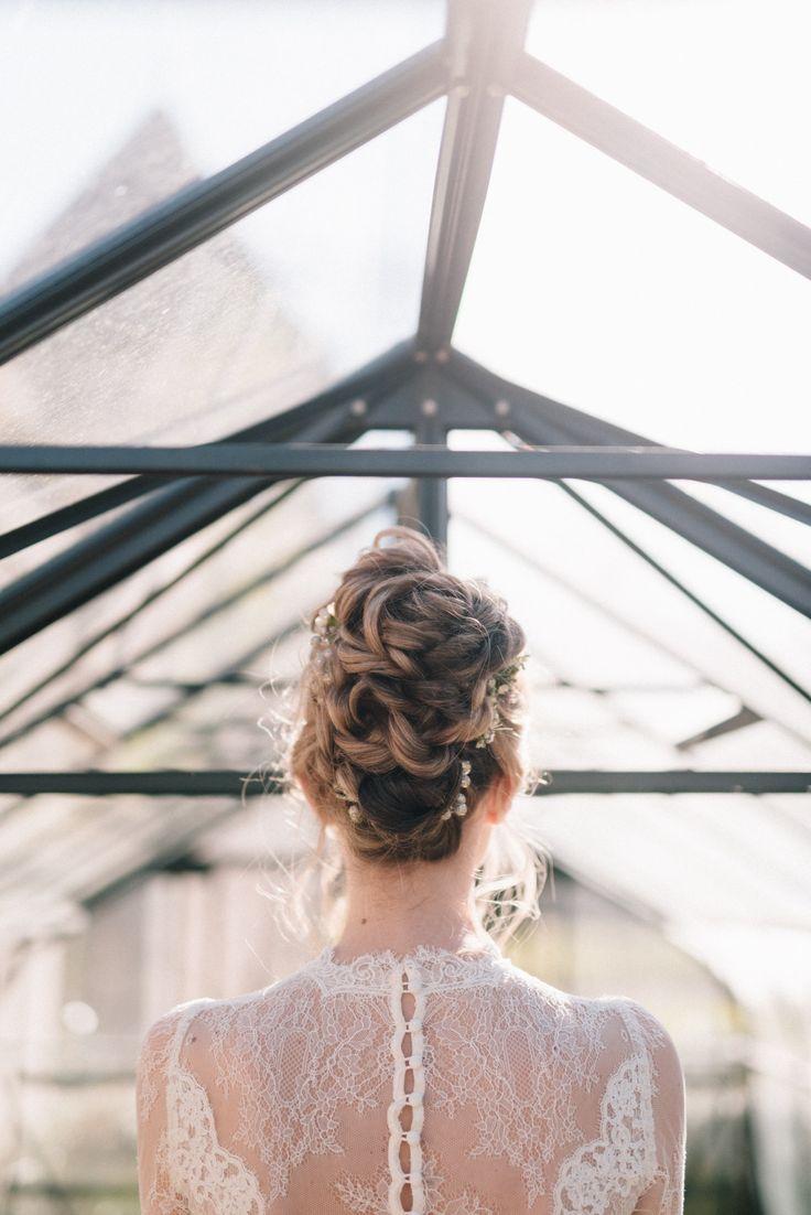 #coiffuremariée #maquillagemariée #chignon #updo #makeup #bridemakeup #bridehair #coiffeurmariage #coiffuremariage