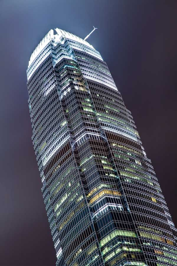 Chamferred Plan Tower by Pelli / Rocco IFC Hong Kong