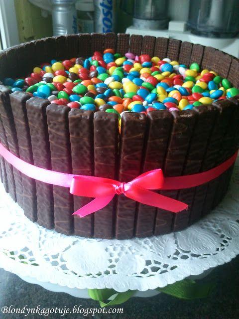 Blondynka Gotuje: Tęczowy Tort Urodzinowy