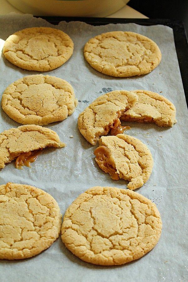 Snickers doodle kakor är en kanelkaka som är är krispig på utsidan och härligt seg på insidan.Kakorna är en klassisker i USA och det kommer dem även bli hemma hos mig.Jag ska vara ärlig att det är…