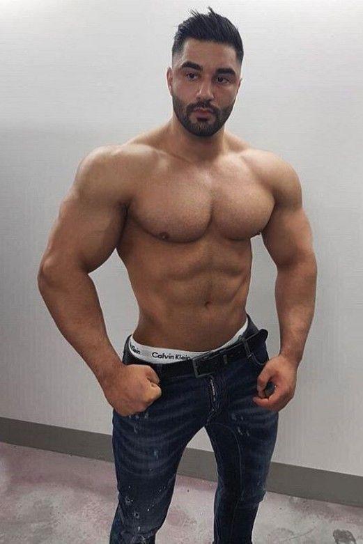 Pin de MUSCLE MEN JEANS en MUSCLE MEN JEANS