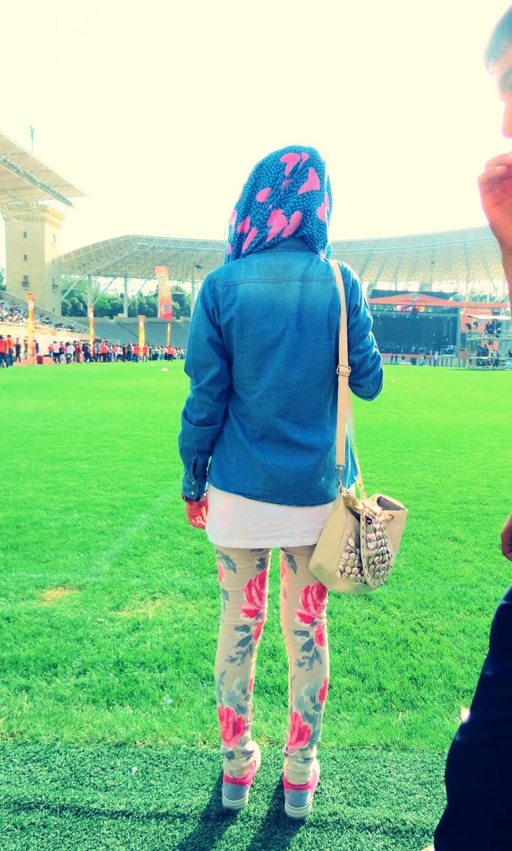 young hijab style street hijab style pink hijab sweet hijaber girl