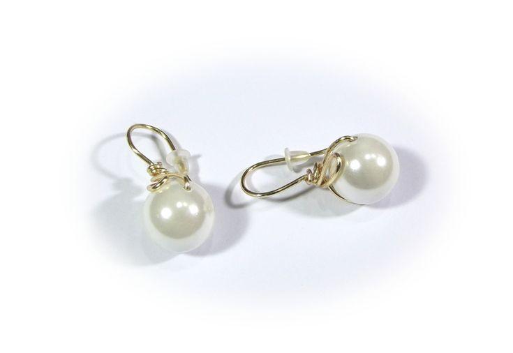 Earrings white beads wire wrapping from betulek by DaWanda.com