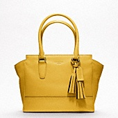 coach: Neutral Outfit, Cute Diapers Bags, Coach Bags, Leather Candace, Coach Handbags, Coach Legacy, Yellow Coach, Accessories, Legacy Leather