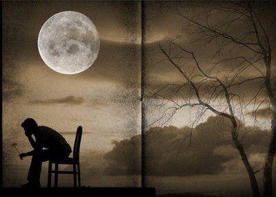 Especialmente por las noches le invade la tristeza, pena y el desconsuelo. Vive múltiples noches de soledad con mucha agonía.  Durante el día pretende ser fuerte, pone a mal tiempo buena cara y nadie llega a imaginarse su tortura nocturna. Su interior lo domina la amargura, no tiene atisbo de  esperanza, ni fe ni confianza, tampoco ninguna aspiración... ...