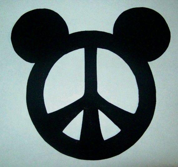 Best 25+ Mickey mouse pumpkin stencil ideas on Pinterest ...