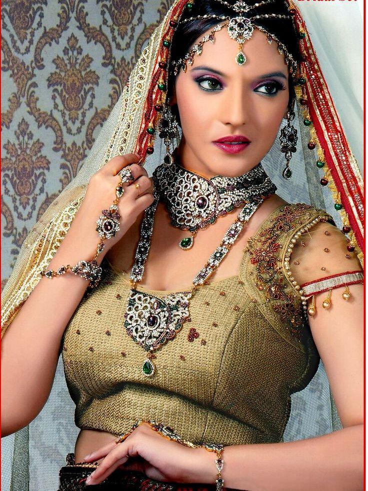 Wholesale Indian Traditonal Bridal Jewelry Set