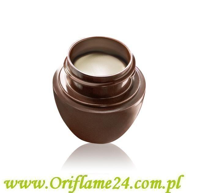 Oriflame - Krem uniwersalny Tender Care - o zapachu kokosa. Niezawodna ochrona i ukojenie dla suchej, spierzchniętej skóry, tym razem w kuszącym, kokosowym wydaniu. Idealny dla ust, łokci, skórek przy paznokciach, pięt i wielu innych przesuszonych fragmentów skóry.  Pojemność: 15  ml.