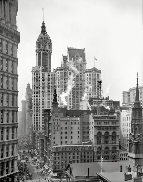 Broadway with the Singer Building in background, New York (1910's).