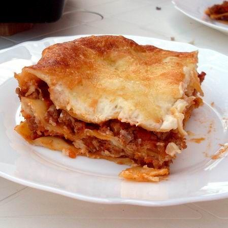 Egy finom Bolognai lasagne II. ebédre vagy vacsorára? Bolognai lasagne II. Receptek a Mindmegette.hu Recept gyűjteményében!