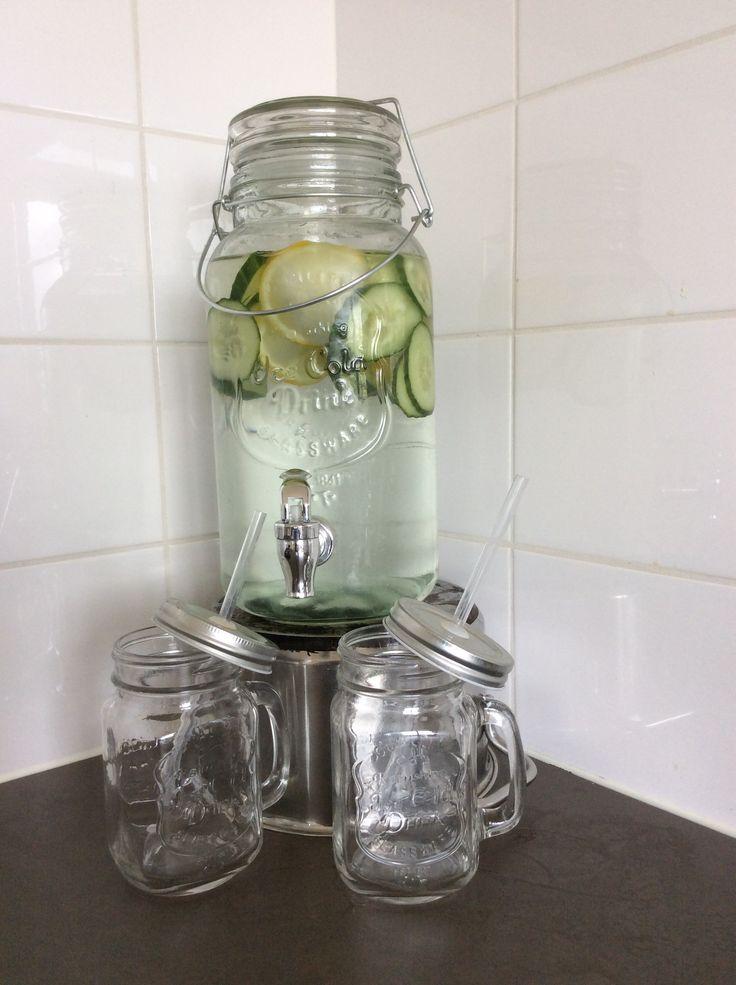 Ijskoude smaak-water | 9 Citroenen
