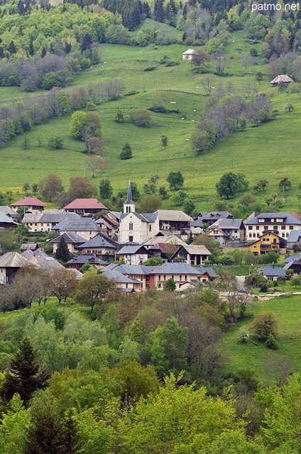 Village de Bellecombe dans les montagnes du Massif des Bauges - Savoie (France) - phot. Patrick Morand.