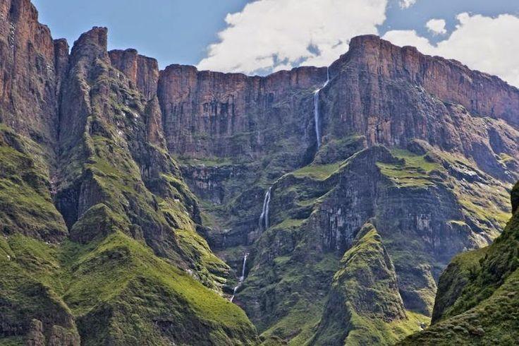 The Tugela Falls - Afrika Selatan - air terjun paling Mematikan