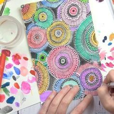 When I want to turn my brain off I draw circles over and over again! #videosfromalisa  .  Supplies-  Strathmore watercolor paper  Angora watercolors  Black Sharpie  White UniBall Signo pen