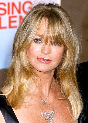 Goldie Jeanne Hawn is an American actress, film director, procedure and occasional singer. Description from celebritysurgery.us. I searched for this on bing.com/images