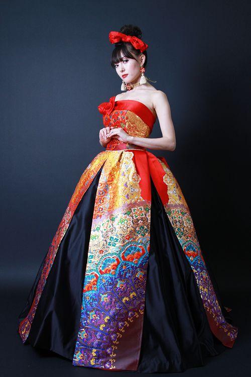 Orihime Wedding dress made of kimonos by Aliansa