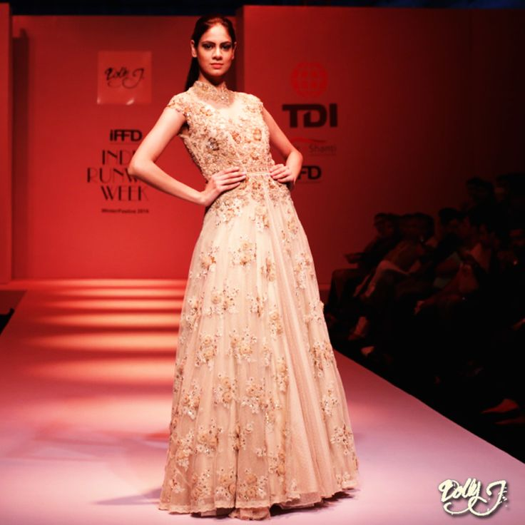 Bored of wearing the traditional lehengas?? Want to be different with new look yet sustaining the traditions, check the new collection of Dolly J. #indowestern #newcollection #weddingdresses #GettingInTheWeddingLights