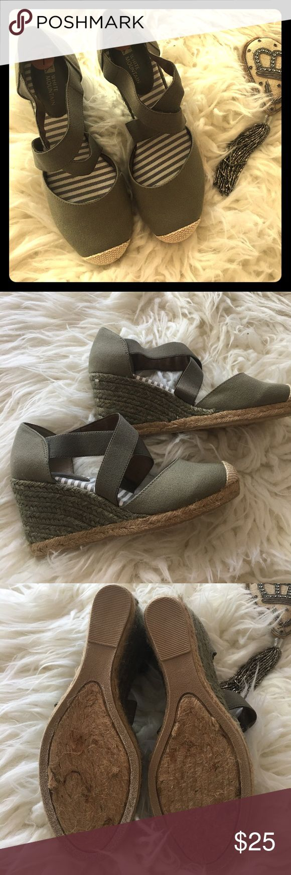 White Mtn Army Green Wedges Sz 7 White Mtn Army Green Wedges Sz 7 White Mountain Shoes Wedges