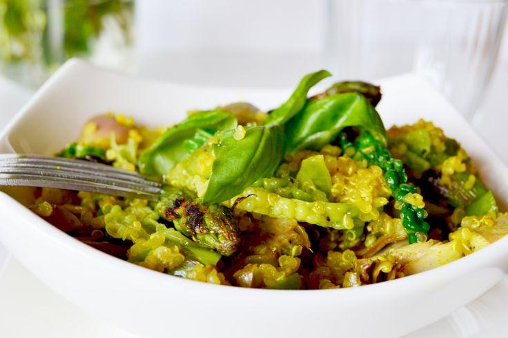 Ricetta depurativa: Insalata di quinoa, carciofi, verza e asparagi | bigodino.it