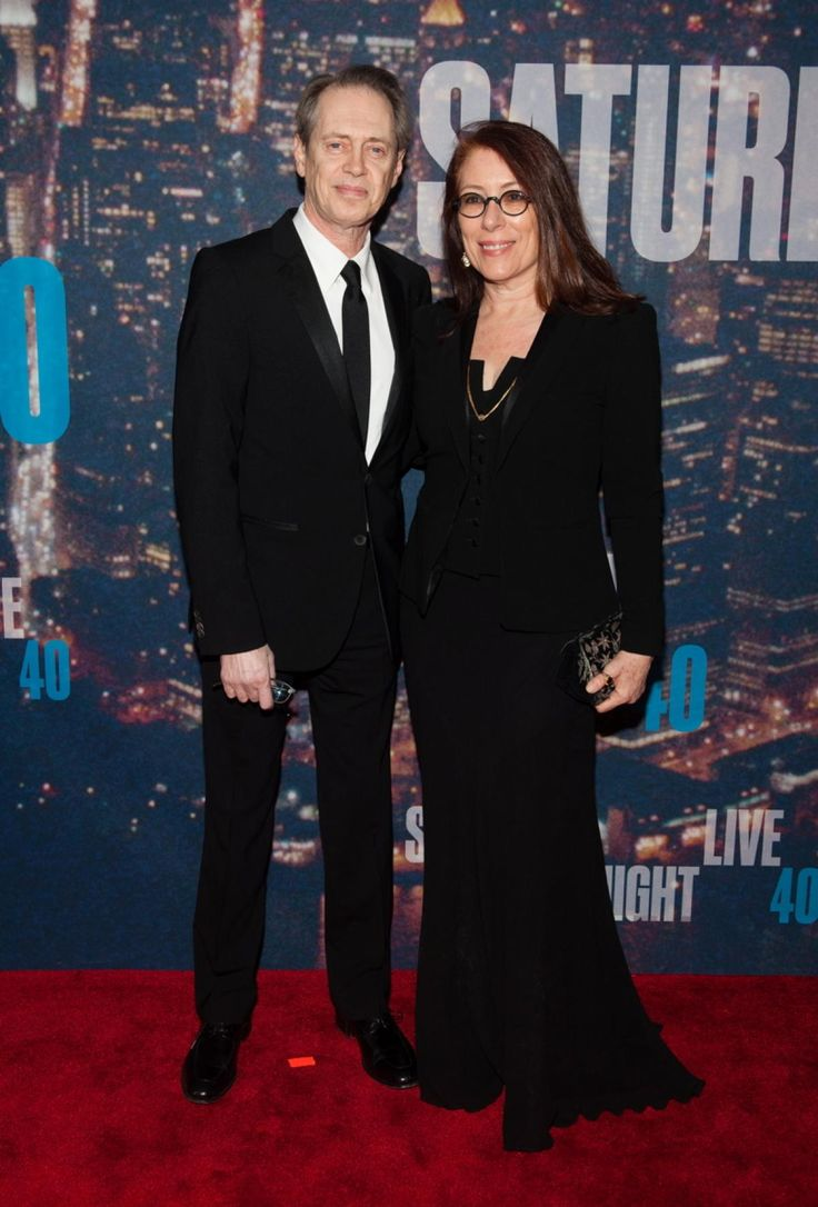 Steve Buscemi (l.) and Jo Andres attend the SNL 40th Anniversary Celebration at Rockefeller Plaza on Feb. 15, 2015 in New York City.