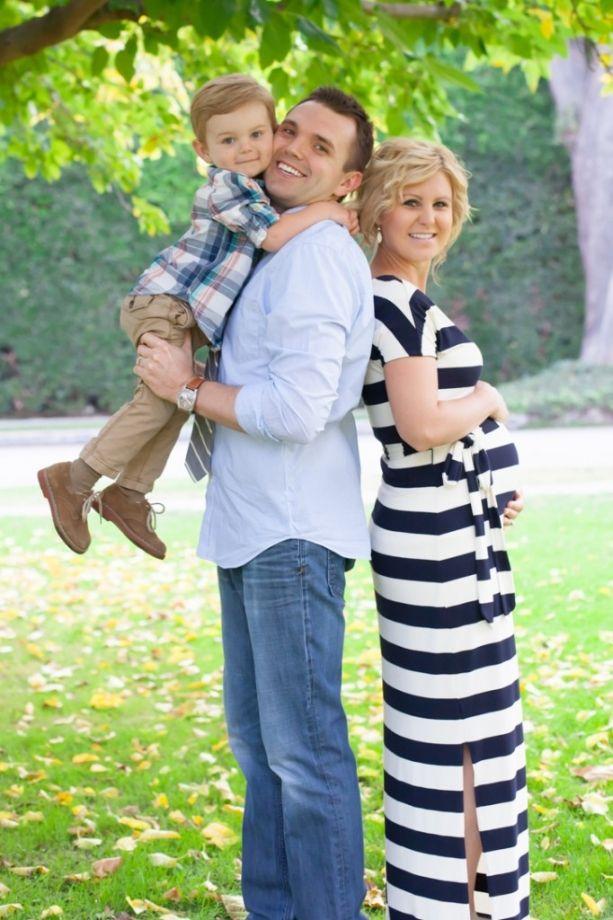 Family Pregnant Photo Ideas