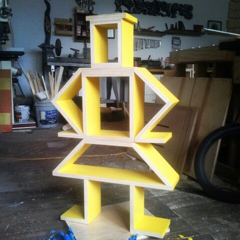 #yellow #Shelfbot for #Spring! #custom #diy #shelf