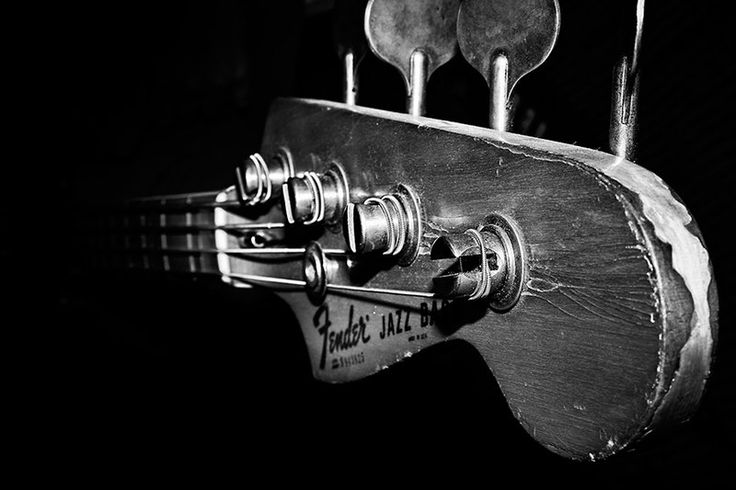 Who wouldn't own the one and only original Fender jazz bass?